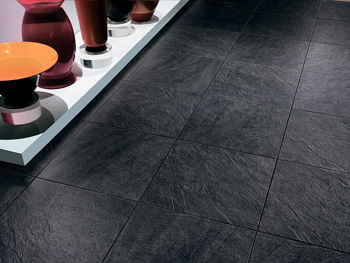 Ceramic heat tiles